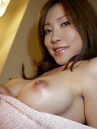 Beautiful and sexy Japanese av idol Chinatsu Izawa shows her sexy body