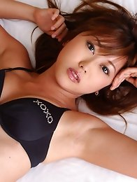Mayu Shinozaki Asian is simply sexy in golden dress and sandals