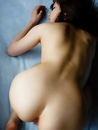 Beautiful and horny Japanese av idol Beni Ito loves to be naked in the sun