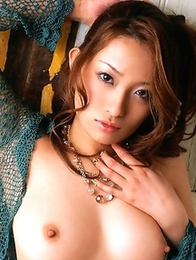 Nao Yoshizaki and her truly gorgeous nude shapes