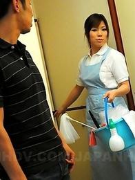 Cock cleaning lady Nana Oshikiri
