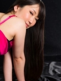Oiled-up beauty in pink Minami Sakaida enjoys a very passionate pussyjob here
