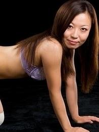 Great selection of pictures showcasing Shizuka Maeshiro's perfect young body