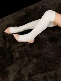 Horny brunette in thigh highs Yuu Kazuki gets her sexy legs fucked hard