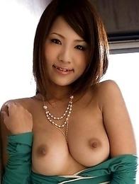 Akira Ichinose has the nicest boobs!