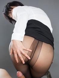 Pantyhose-clad babe Ai Mukai gives an assjob before a hot footjob on cam