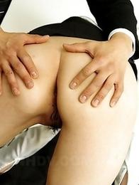 Rara Mizuki enjoys in two peckers