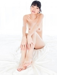 Slim seductress Anna Matsuda gives a footjob and sucks on her own toes for you