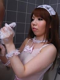 Momoko Aiuchi jerks a big pecker