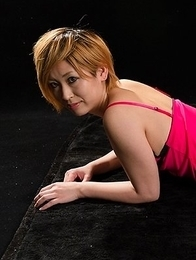 Short-haired babe Kanna Otowa pleasuring a dude with her perfect feet