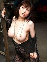 Anri Okita is a real expert in the striptease tricks
