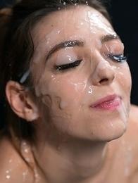 Tera Link's Sticky Bukkake Facial