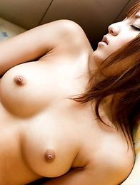 Ren Azumi loves touching herself in front of camera