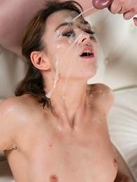 Tera Link Sticky Bukkake Facial