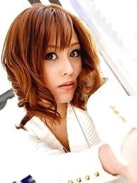 Miina Yoshihara shows her vagina