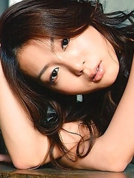 Fetish-addicted Asian Hono Ann poses like a stripper