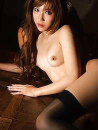 Unshaved pussy of an Asian beauty Idol Anna Anjyo in a nude photoset