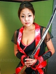 Super hot Asian slut gets toyed