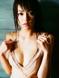 Yuriko Shiratori with sexy body loves spending time on sand