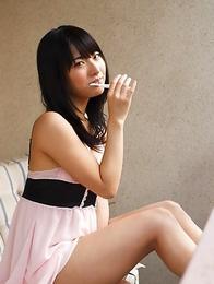 Kana Yume is so erotic even when she brushes her teeth