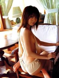 Gravure idol Mika Orihara is incredibly sexy and hot in her little blue bikini