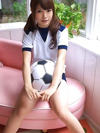 Manami Sato in sports equipment can´t wait to play ball
