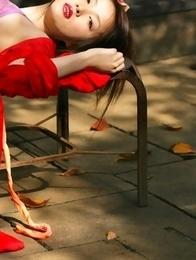 Saki Seto takes geisha outfit off and shows leering curves