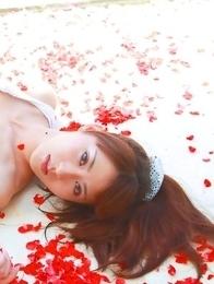 Saki Yamaguchi spoils leering body in water with petals